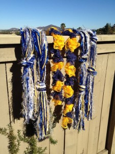 SD scarves