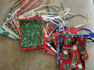 tiny-gift-bags