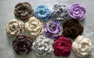 Yarn Flower Pins